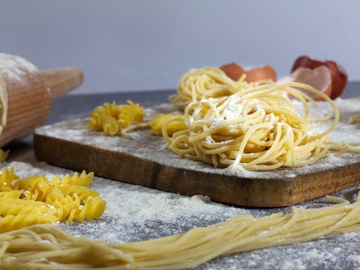 fideos caseros, espaguetis caseros, pasta casera