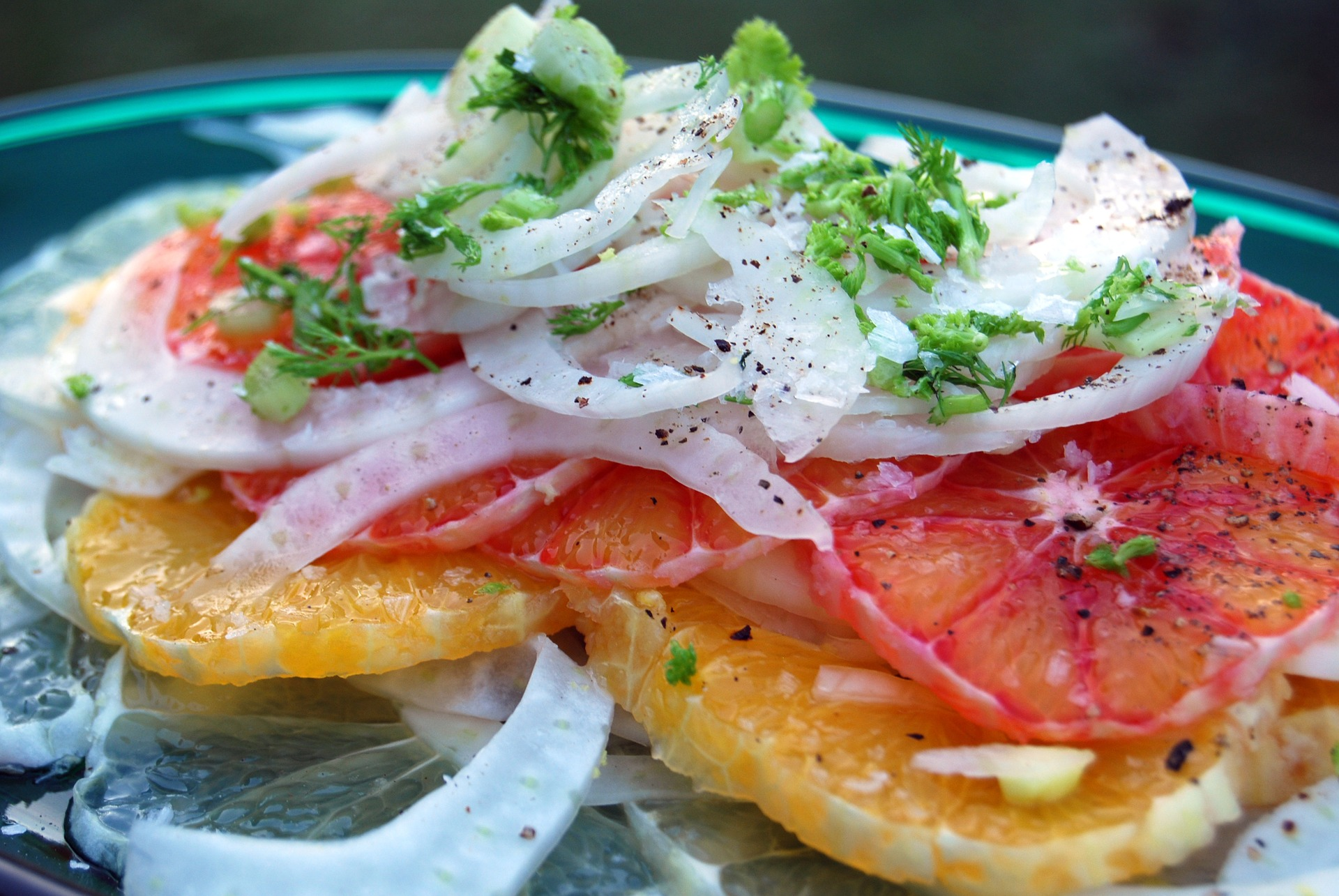 Ensalada Malagueña, ensalada fría, ensalada refrescante, ensalada para el verano, ensalada de naranja, ensalada de bacalao y naranja