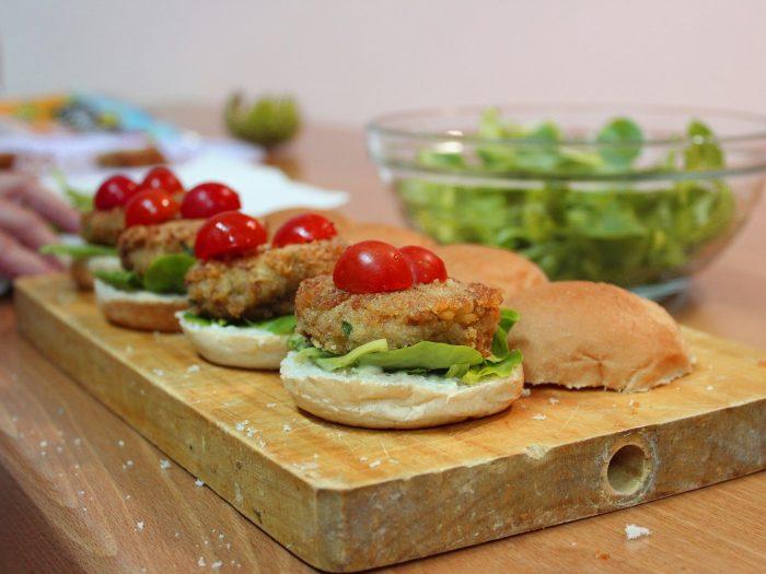 Hamburguesa de Garbanzos, hamburguesa vegana, hamburguesa vegetariana, hamburguesa de legumbres