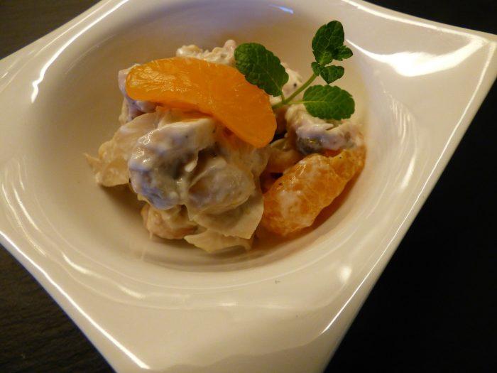 Ensalada de Pollo y Mandarina, pollo con mandarina y salsa rosa