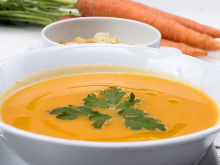 crema de zanahoria y manzana, cremas frías